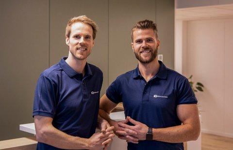 FRA VENSTRE: Søskenbarna Daniel Nåden Dyrstad (31) og Mikal Dyrstad (29) åpner et treningssenter i Hoveveien 9. Dette er en av uvanlig mange nyheter i Brønnøysundregistrene i dag.