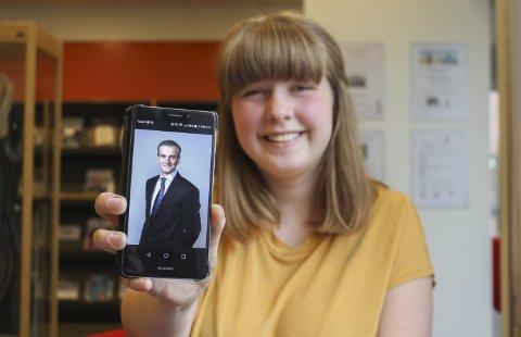 MED JONAS I SPISSEN: Den unge AUF-eren håper Arbeiderpartiet følger opp det de har lovet, dersom de skulle vinne valget 11. september.