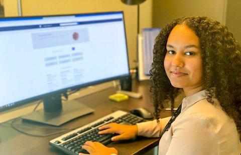 BØR INKLUDERES: Henriette Borghov (18) mener elevenes meninger bør inkluderes når tiltak utformes.FOTO: Arkivfoto