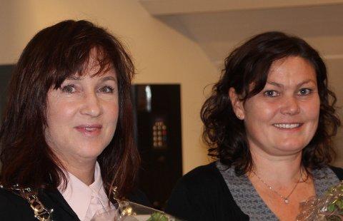 Strand-ordfører Irene Heng Lauvsnes (t.v.) og varaordfører Astrid Norland deltar i et møte med Nye Stavanger. (Arkivfoto)