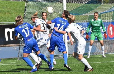 LITE: Lite fungerte for Adrian Berntsen og NFK-spillerne i ettermiddag.