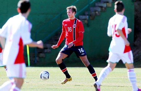 Stian Rode Gregersen fikk to kamper med G18-landslaget. Nå ønsker han å spille fotball i Kristiansund igjen.