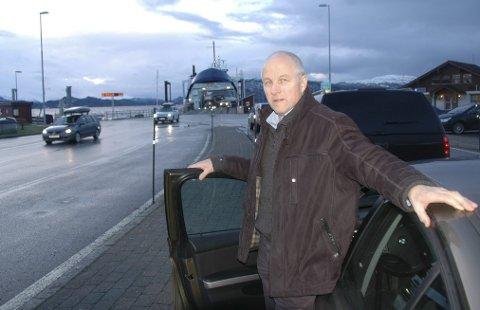 Styreleder Ola Rognskog i Halsafjordforbindelsen mener det er naturlig å vurdere Romsdalsaksen når Møreaksen nå skal utredes på nytt..
