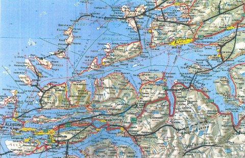 - Sunnmøre kan ikke i all fremtid fortsette å kjøre en omvei til Vestnes, Åndalsnes og Dombås med flere tusen meter opp- og nedstigning på svingete veier i Romsdalen, skriver Johan A. Johansen.