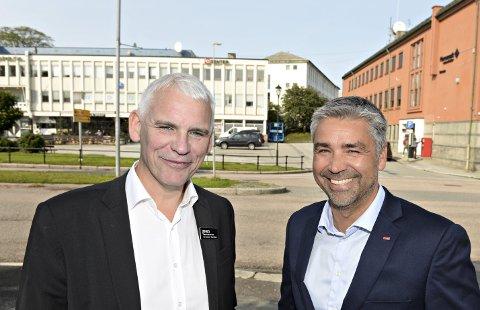 Hotelldirektørene John Ferstad (til venstre) og Trygve Bjørlo mener nytt opera- og kulturhus midt i sentrum av Kristiansund er viktig ikke bare for regionens kulturliv, men også næringslivet.