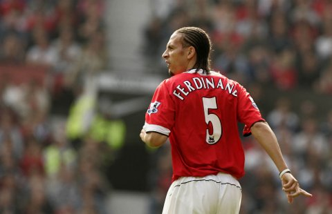 Rio Ferdinand hadde en fin karriere som spiller i Manchester United, etter at han ble hentet som verdens dyreste forsvarsspiller.