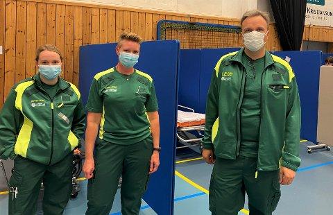 Julie Lossius Aalberg, Ann Kristin Høgseth og Askill Sandvik er i beredskap dersom noen skulle få bivirkninger av koronavaksinen.