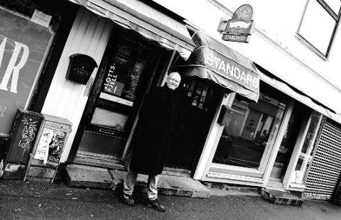 KOMMER HJEM: Når Lars Martin Myhre opptrer på Standard pub 28. mars, har «Kårner kafé» endelig kommet hjem.