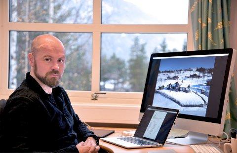KLIMATILTAK: - Det er et krav til at kommunene skal vurdere klima i sine arealbeslutninger, forteller Fredrik Holte Breien i Valdres Natur - og Kulturpark.