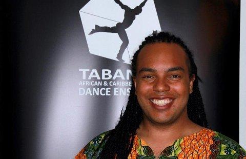 PRISVINNER: Thomas Prestø fra Rotnes er mannen bak Tabanka Dance Ensemble. Nå har han vunnet Vikens fylkeskulturpris for 2020. Han drømmer nå om å få opptre på hjemmearenaen Kulturverket Flammen.