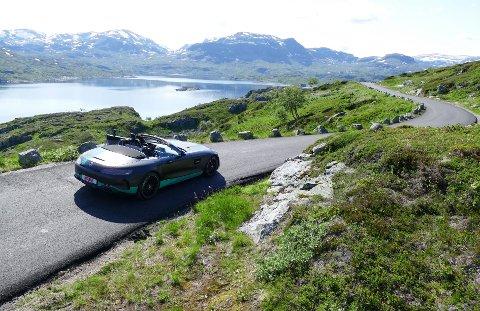 Beveger du deg litt utenfor hovedfarts책rene, byr Norge p책 mange spennende og vakre veier.