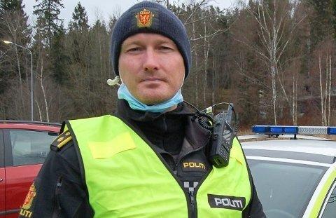 BER BILISTENE KJØRE PENT: UP-leder Rune Dahl i Follo.