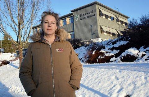 Inger Karin Mulvik blåser til kamp, om skolestrukturen i Tingvoll forsøkes rørt.