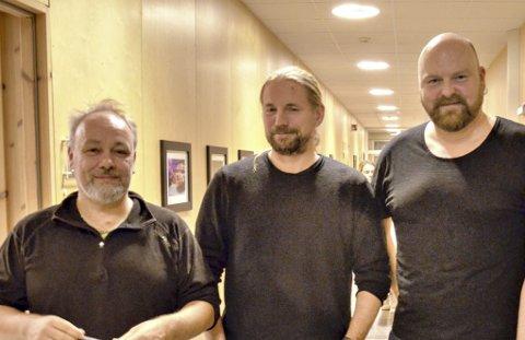 Møremusikere: Peter Wergeni (fra venstre), Øystein Sandbukt og Jo Inge Nes holder til i Sunndal.