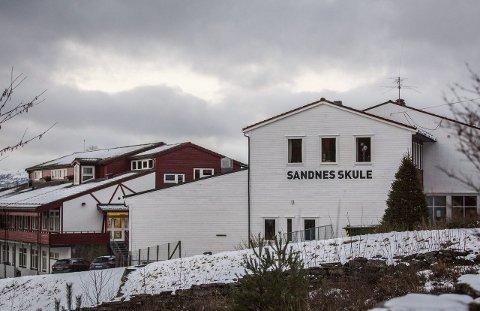NY REKTOR: Det er ledig stilling som rektor ved Sandnes Skule på Masfjordnes.
