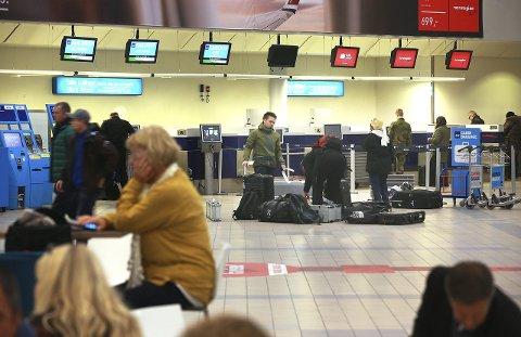 Det kan komme nye regler om bonuspoeng på flyreiser over nyttår.