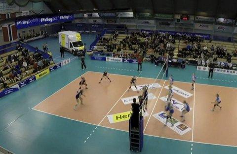 Finalen: Region Nord møtte Agder i finalen under NM for regionlag i Ekeberghallen.Foto: NVBF