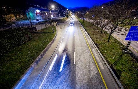 Fjøsangerveien Sjølinjen Krambua  motorvei vei trafikk kontroll bompengeringen