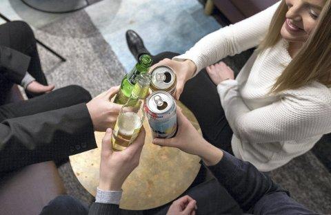 Alkohol er på mange måter «den glemte rusen,» skriver Jana Midelfart Hoff. ILLUSTRASJONSFOTO: Gorm Kallestad / NTB scanpix