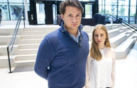 AUF sine ungdomskandidater Matias Birkeland (20) og Leonora Hjelle (19).