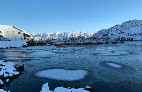 Det vil holde seg kaldt på Magerøya også de kommende dagene. Bildet er tatt i  Kamøyvær.
