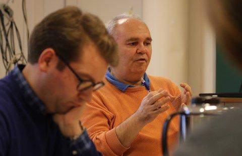 MANGE SJUKE: Personalsjef Trond Ramstad Olsen i Kinn kommune har ei utfordring om utviklinga innan sjukmeldingar i Kinn kommune held fram som no.