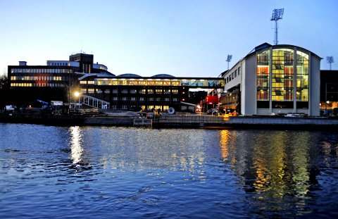 FORNØYDE STUDENTER: Studentene i Fredrikstad er godt fornøyde med studieopplegget, det viser ny undersøkelse.