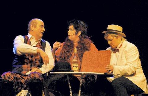 2008: «Bør Børson jr.» var et stort løft for teaterlagets medlemmer. På bildet Hansi Lorentzen, Veronica Frette Evensen og Mona Almli.