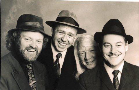 STORHETSTID: Viggo Sandvik (t.v.) var vokalist i Vazelina Bilopphøggers fra 1981 til 2005. Jan Einar Johnsen, Arnulf Paulsen og Eldar Vågan.