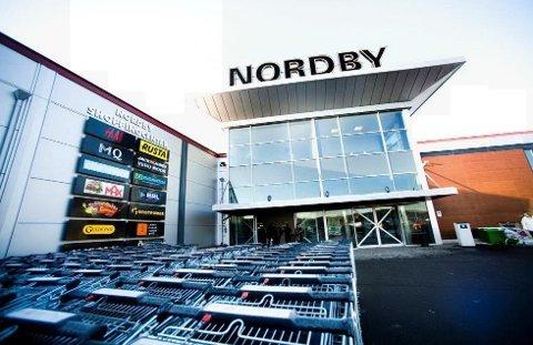 UTBYGGING: Det ligger av til at Thon Eiendom skal investere store summer i Nordby Shoppingcenter.