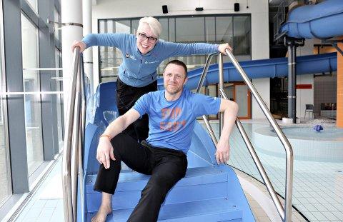 KAN IKKE KONKLUDERE: Anne Marit Almås Marken og Kjetil Hoff ved Kippermoen idrettssenter mener ei uke med halv pris er for lite til å trekke noen konklusjoner. Foto: Pål Leknes Hanssen