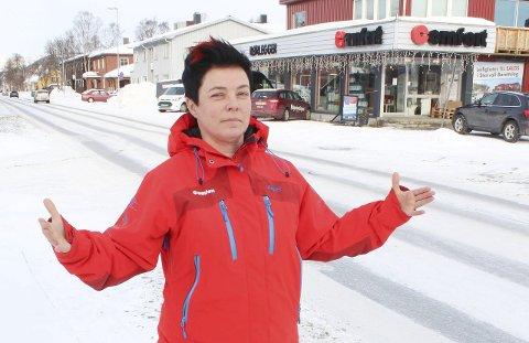 Presisering: Daglig leder Hanne Arstad hos NHO-medlem Comfort Mosjøen mener at NHO Nordland bør presisere til fylket den vesentlige opplysningen at NHO Nordland faktisk støtter det å beholde dagens lufthavnstruktur. Foto: Jon Steinar Linga