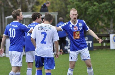 UVISST:  Markus Brandth og trenerteamet i MIL Fotball vet ikke når laget deres kan trene for fullt. Og det er veldig usikkert med seriestarten.