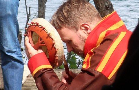 REISE: - I Norge bruker vi ofte trommereisen som et redskap for å få kontakt med åndebverdenen, sier Kyrre Gram Franck.
