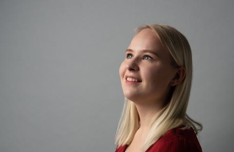 VIL HA OPERA I DISTRIKTET: Veronika Karlsen synes det er lang vei til operaopplevelser for ungdom i distriktene. Det vil hun gjøre noe med.