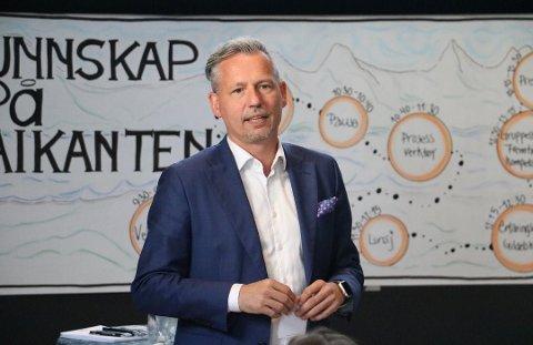 STYRELEDER: Bård Anders Langø er styreleder i Sandnessjøen IL og nylig avgått ordfører i Alstahaug kommune.