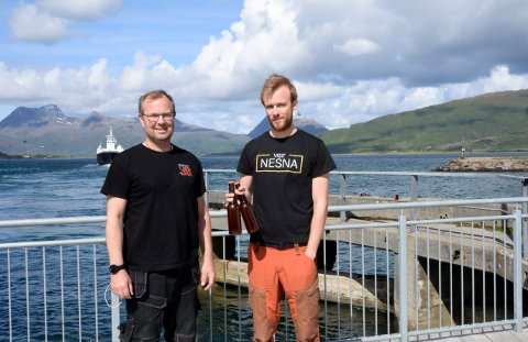 Jørn Ståle Pettersen og Kristian Sivertsen fra Raus bryggeri, tar sats og investerer.