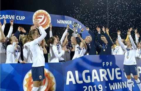 REGJERENDE MESTER: I 2019 gikk det norske landslaget helt til topps i Algarve Cup.