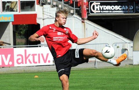 MILLIONBUTIKK: Erling Braut Haaland var gjest på en Bryne-trening 1. august 2018, mens han fortsatt var Molde-spiller. Mye har skjedd i løpet av de to og et halvt årene som har gått, og Bryne FK har tjent millioner på at superstjernen har blitt solgt til først RB Salzburg og deretter Borussia Dortmund.