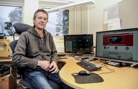Fornøyd: Avdelingsleder i Kragerø bredbånd Karl Arnfinn Wik. Arkivfoto: Jimmy Åsen