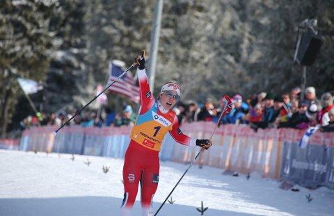NYTT GULL: Helene Marie Fossesholm ble suveren vinner av 15 kilometer fellesstart under junior-VM i langrenn. Hun var soleklart best.  FOTO: ERIK BORG