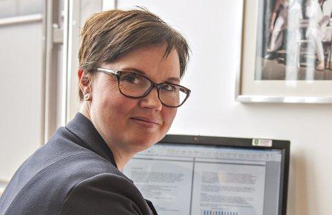 PLANLEGGER: Hilde Enget har ansvar for koordineringen av vaksineringen i Kongsberg kommune. Nå planlegger hun eget vaksinasjonssted i Hvittingfoss.
