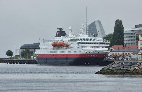 "Feil ved drivstofftilførselen var den direkte årsaken til motorstansen ombord i hurtigruteskipet ""Kong Harald"" tirsdag kveld, skriver Sjøfartsdirektoratet."