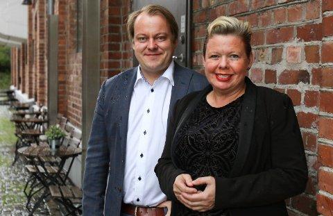 FRP VANT: Det spennende valgnatten endte med at Erlend Wiborg (Frp) tok sistemandatet i Østfold fra Siv Henriette Jacobsen (Ap).