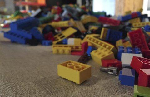 Lego: I høstferien kan du bygge lego på Moss by- og industrimuseum, biblioteket eller Café Riis.