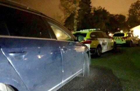 KNIVSTUKKET: En kvinne i 50-årene ble sendt til sykehus etter å ha blitt knivstukket i en privatbolig på Ekholt onsdag kveld.