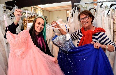 FANT HVERANDRE: Kjole- og draktsyerlærling Therese Cecilie Storhaug og butikkeier Berit Tveter Alm har funnet hverandre i Kjolesenteret på Lillo.