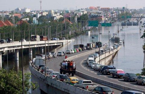 SÅRBAR: – Vi har en infrastruktur som er ytterst sårbar, blant annet for havnivåstigning og ekstremvær, påpeker artikkelforfatteren.
