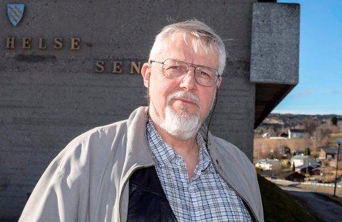 KOMMUNEOVERLEGE: Jens A. Mørch i Vestre Toten kommune fikk fredag melding om et nytt smittetilfelle.