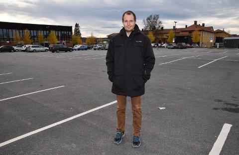 IKKE KLAGESJEF LIKEVEL: Tom-Henning Larsen skulle ta over all saksbehandling av klager på kommunale parkeringsbøter i Elverum.